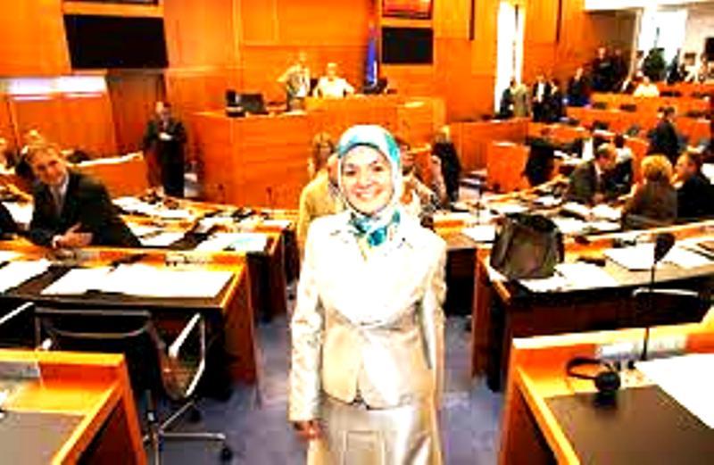 Génocide arménien : malaise d'une député belge d'origine turque qui fuit les caméras….