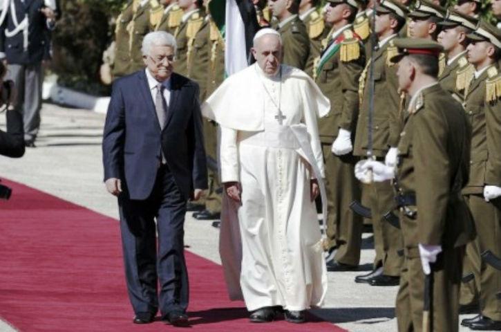 Le Vatican renoue avec ses vieux démons: Le Vatican reconnaît l'Etat de Palestine