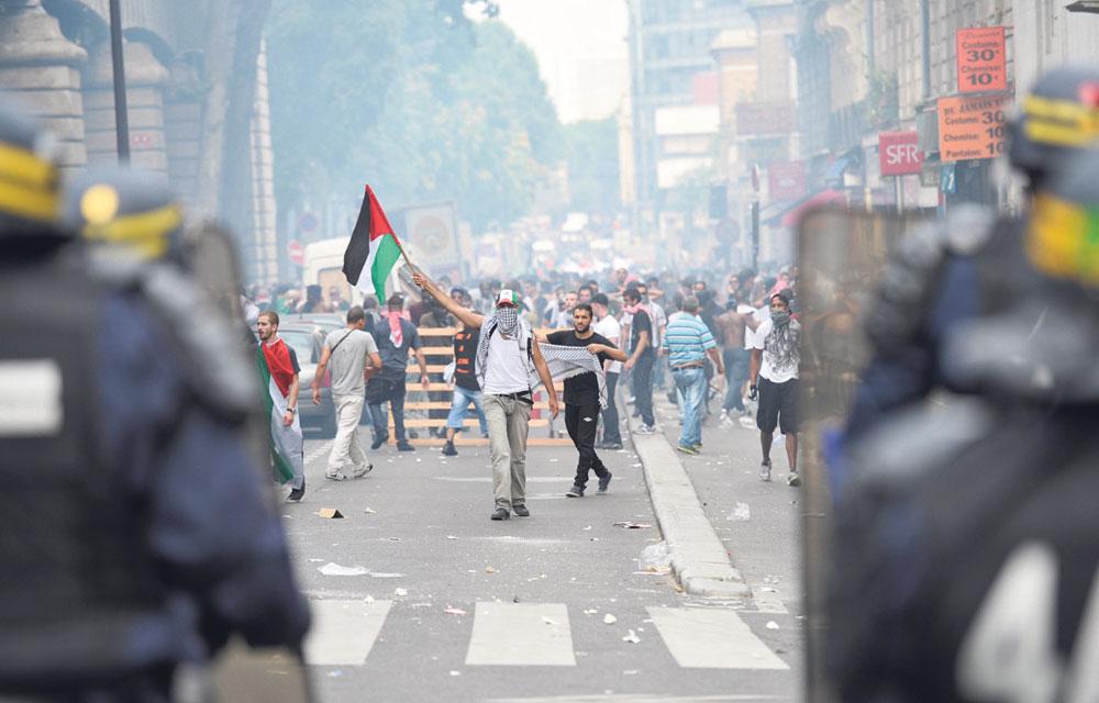 Darmanin demande au Préfet de police d'interdire toutes les manifestations islamistes de haine anti-israélienne prévue samedi à Paris