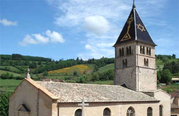 Dans le haut Beaujolais, la mystérieuse étoile juive du clocher d'Ouroux