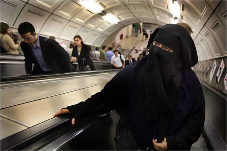 Une femme en niqab armée d'un couteau interpellée à la gare d'Austerlitz