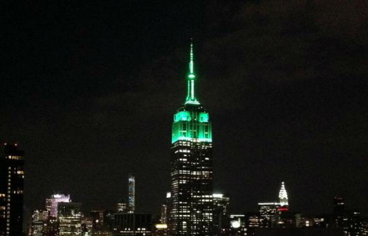 New York : l'Empire State Building en vert pour célébrer l'Aïd el-Fitr, fin du Ramadan