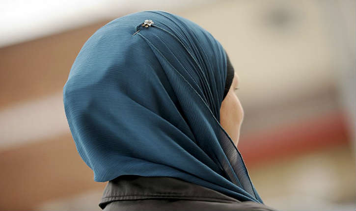 Voile islamique : la Cour de justice européenne (CJUE) a tranché, une entreprise peut interdire le port de signes religieux