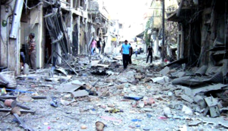 Les combattants du Hezbollah désertent leurs postes tandis que l'offensive fait rage en Syrie.