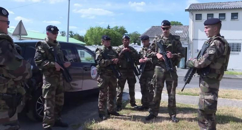 [Vidéo] Sentinelle: 7.000 soldats pour protéger les lieux sensibles en France