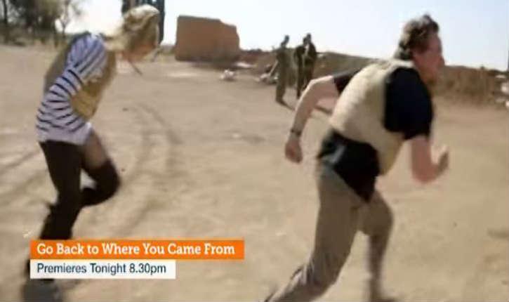 [Vidéo] Syrie: Des participants de téléréalité australienne se retrouvent sous le feu d'insurgés de l'Etat islamique