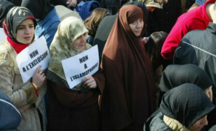 Canada : l'agression islamophobe d'une musulmane, condamnée par Trudeau, était totalement inventée