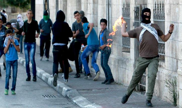 Jérusalem: Attaque Terroriste à La Bouteille Incendiaire