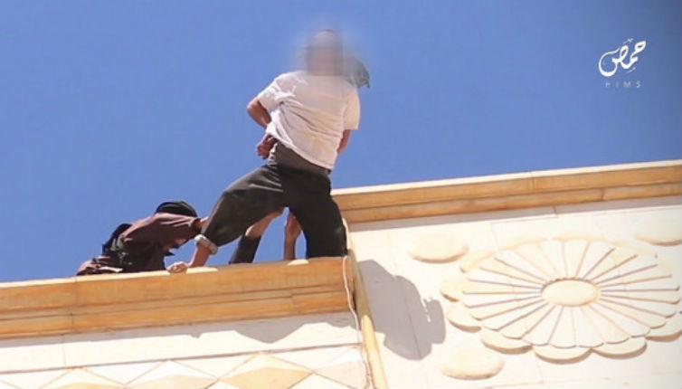 Barbarie: L'Etat islamique exécute deux homosexuels à Homs en les jetant d'un immeuble puis en lapidant leur corps