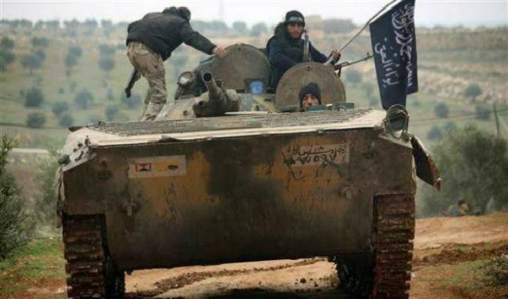 Syrie: L'Etat islamique pénètre dans la périphérie de Damas. Les jihadistes d'Al-Qaïda attaquent l'aéroport militaire d'Abou Douhour
