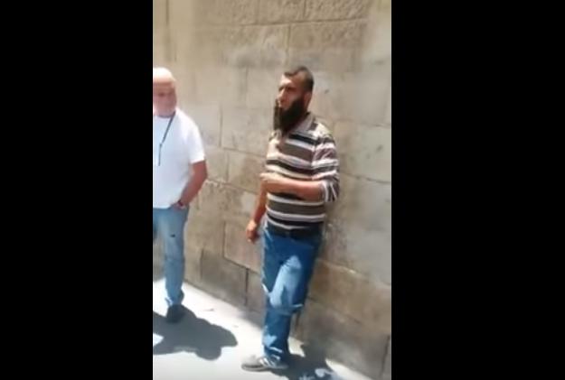 Vidéo-Jérusalem: arrestation filmée d'un palestinien en train de prendre en photo des zones touristiques bondées de civils