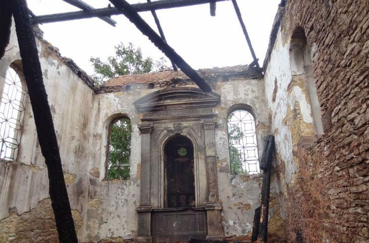L'ancienne synagogue de Maizières-lès-Vic réduite en cendres