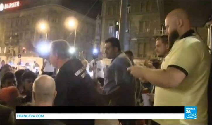 [Vidéo] Hongrie: Une association «Hungarian islamic community» vient au secours des migrants