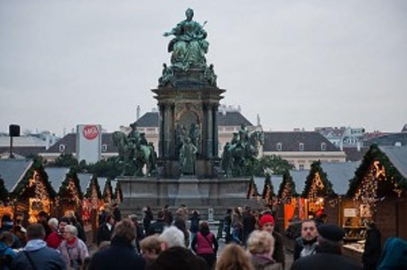 L'Autriche envoie un historien juif en prison parce qu'il a exposé les crimes de l'Holocauste