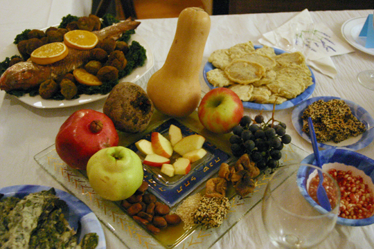 Rosh-HaShana-seder-symbolic-foods