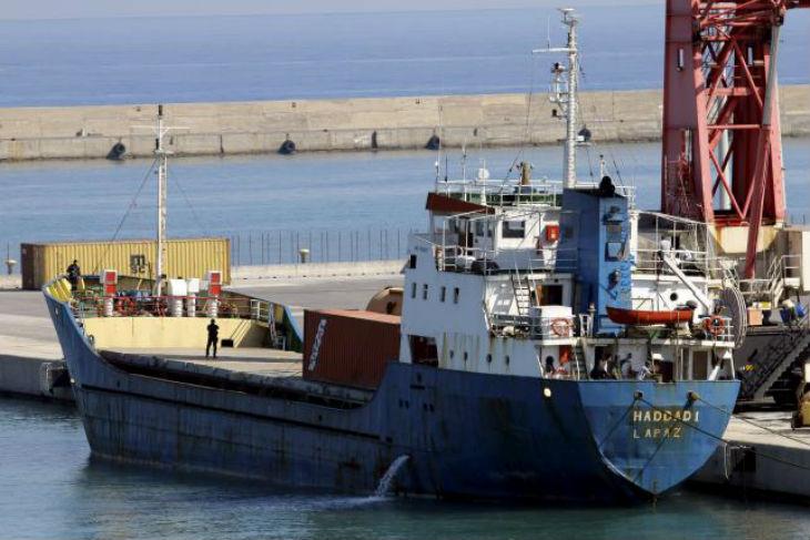 Un cargo d'aide aux « réfugiés » bourré d'armes et de munitions intercepté en Grèce