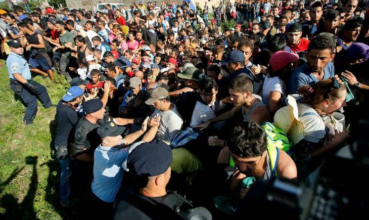 Face à l'afflux de migrants, la Slovénie fait appel à l'armée