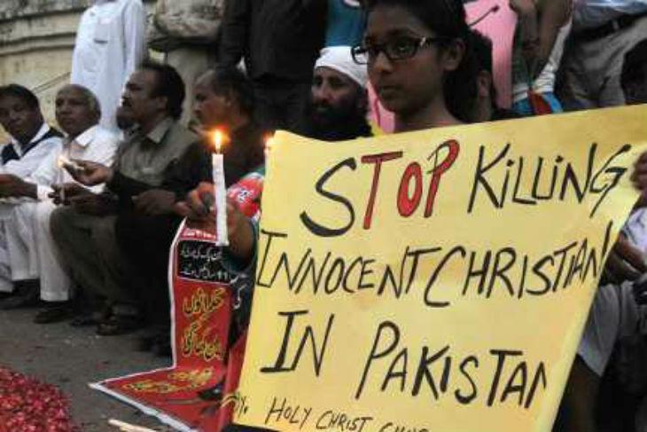 Pakistan: Discriminations et persécutions, plus de 100.000 chrétiens pakistanais ont déjà fui