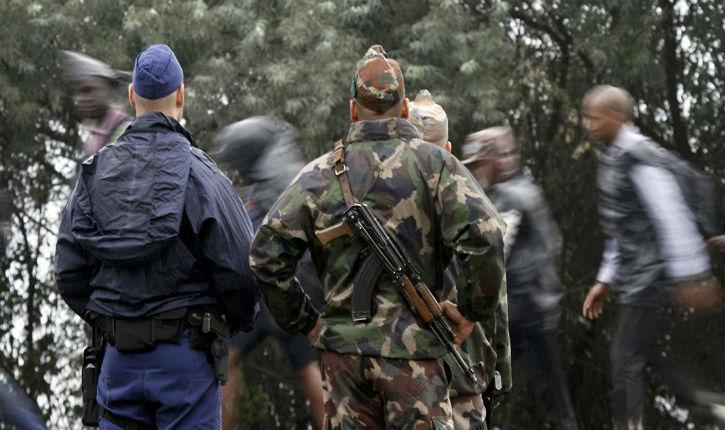 La Hongrie autorise la police et son armée à ouvrir le feu sur les migrants