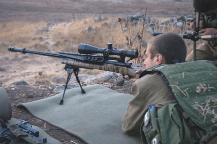 Israël, lutte anti-terroriste: Tsahal sera autorisé à tirer sur les lanceurs de cocktail molotov. Des snipers vont être déployés