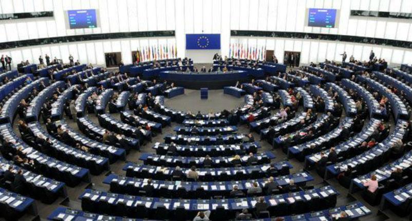 L'UE adopte un texte anti-israélien qui ne condamne pas expressément le terrorisme palestinien. Seuls les ministres grecs et polonais se sont opposés au texte