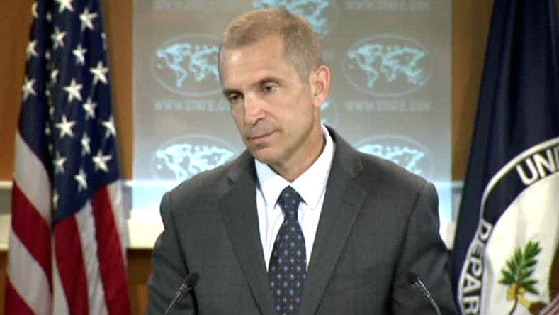 Etats-Unis: Le porte-parole US très gêné quand un journaliste rapproche le bombardement d'un hôpital en Afghanistan aux déclarations américaines lors de l'opération israélienne à Gaza