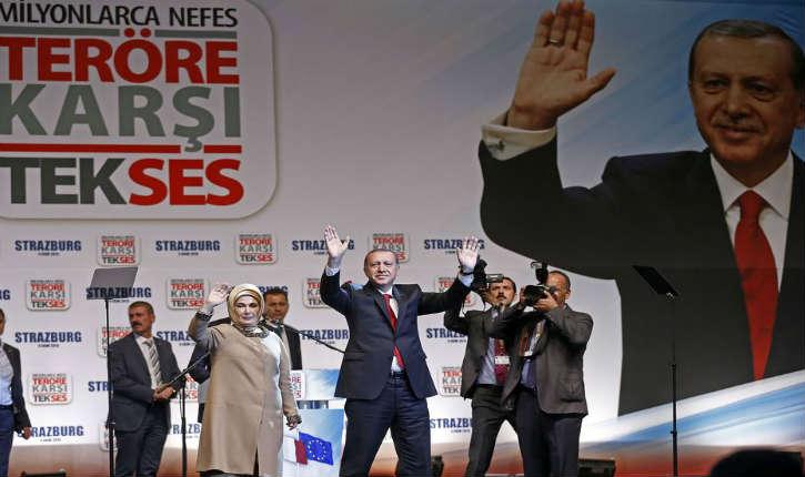 France: Recep Tayyip Erdogan est venu à Strasbourg pour un meeting au Zénith