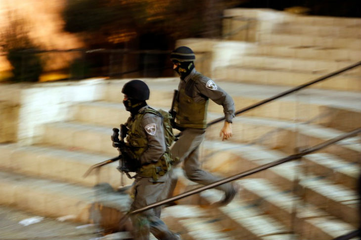 [Vidéo] Nouvelle attaque islamiste au couteau à Jérusalem : le terroriste arabe abattu après avoir blessé un adolescent de 15 ans