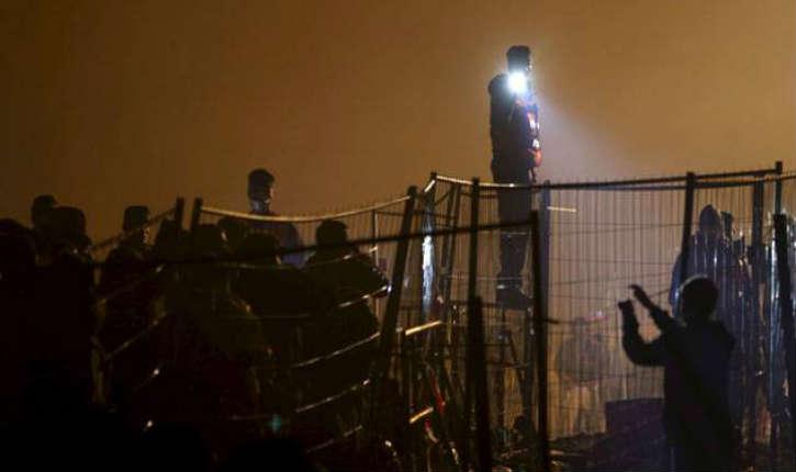 Crise migratoire: une nouvelle barrière en Europe sera érigée à la frontière de l'Autriche et de la Slovénie
