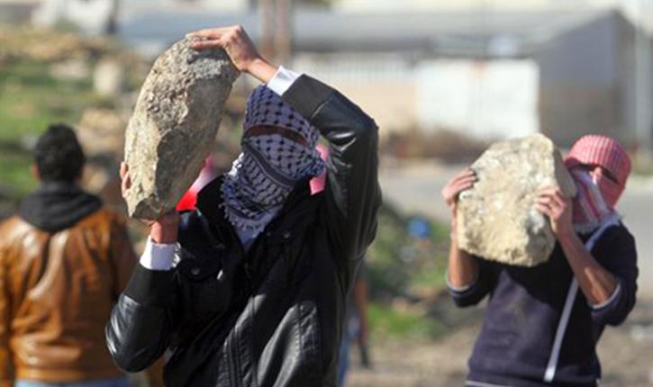 Justice: 4 ans de réclusion pour jeter des pierres sur des civils ou soldats israeliens