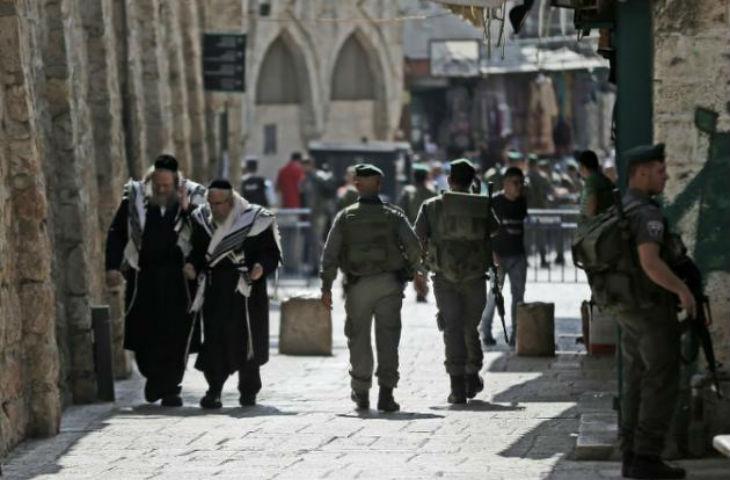 Nouvelle attaque terroriste: Un israélien poignardé par une femme dans la Vieille Ville de Jérusalem. Blessé, il réussi a neutraliser la terroriste