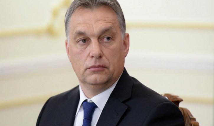 Viktor Orban  « L'Europe ne peut plus faire face l'afflux incontrôlée de réfugiés. Le meilleur migrant est le migrant qui ne vient pas »