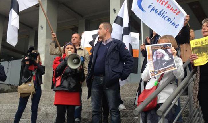 Brest : 150 personnes manifestent pour la fermeture d'une mosquée