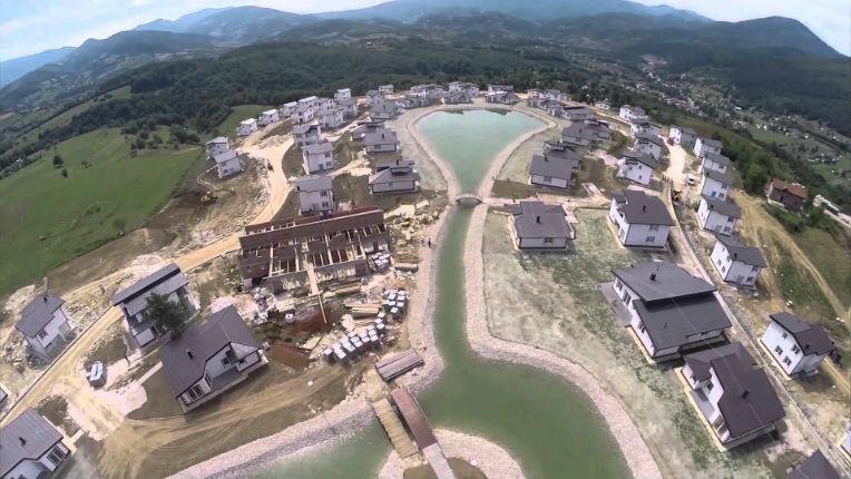 Les pays du Golfe construisent des villages islamiques de vacances en Bosnie