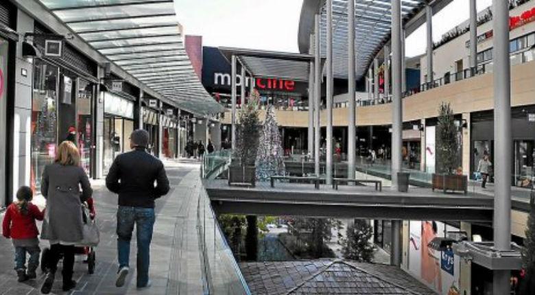 Béziers (11) : 2 mineurs menacent de tout faire péter au centre commercial et crient « Allah akbar »