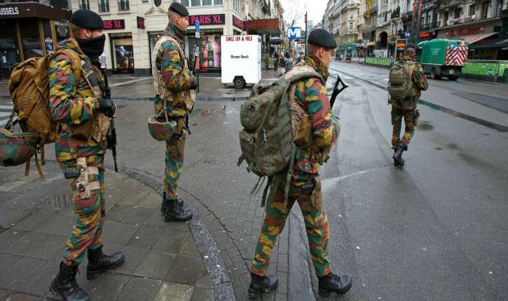 Bruxelles : un terroriste a tenté de poignarder deux militaires en criant «Allahu Akbar»
