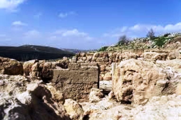 Incompréhensible – Hebron: l'Etat annule un contrat de location avec un site archéologique juif