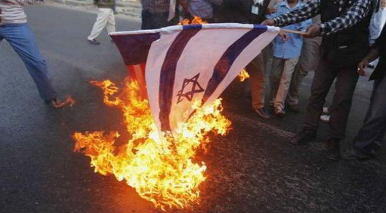 Et si l'humanité se divisait en deux parties… les Juifs et les antisémites ? Par Yéochua Sultan