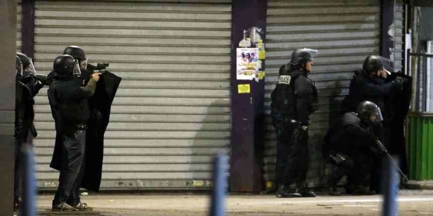 Assaut de Saint-Denis: le Raid aurait tiré 1500 fois et les terroristes 11 fois