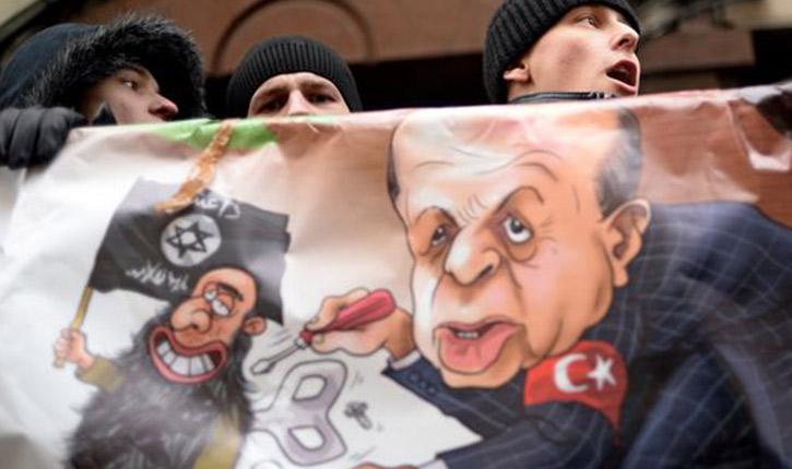 l'idéologie antisémite favorise l'islamisation et le réveil défensif des populations en danger.