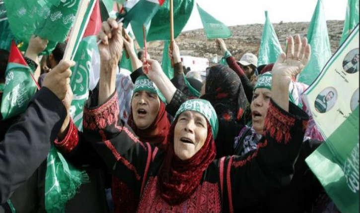 Les palestiniennes sont « uniques » au monde car elles se réjouissent de la mort de leurs fils terroristes