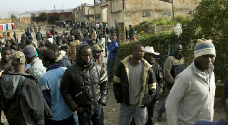 Vidéo – Italie: Des camps de migrants aux mains de la mafia, « On se fait plus d'argent avec les migrants qu'avec la drogue »