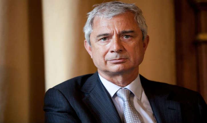 «Race blanche» : Manuel Valls soutient Claude Bartolone