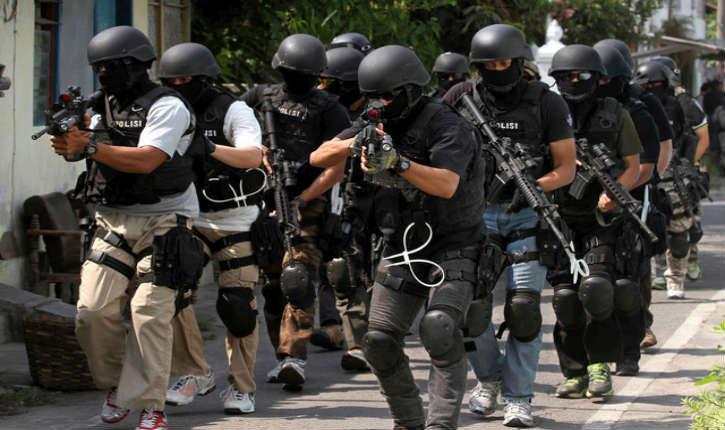 Indonésie: un projet d'attentat suicide déjoué pour le Nouvel An à Jakarta