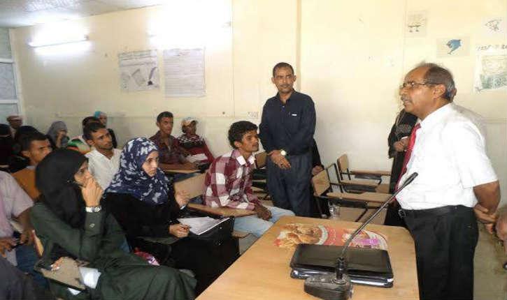 Yémen: des djihadistes mettent fin à la mixité par la force en fermant trois facultés de l'Université d'Aden