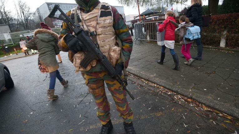 Alerte antiterroriste à Bruxelles: un SMS aurait provoqué l'état d'alerte