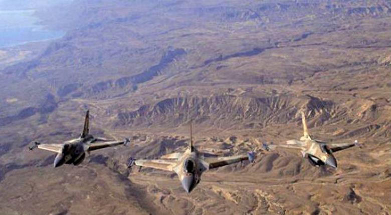 Syrie: Israël vise des dizaines de positions iraniennes après des tirs de roquettes dans le Golan