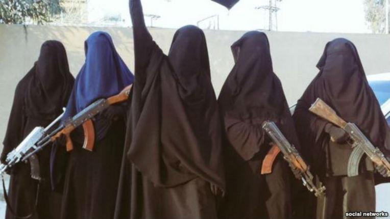 Pourquoi de jeunes filles françaises rejoignent les rangs de l'État islamique