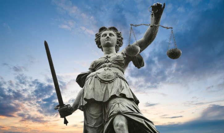 La vague de délinquance pour violences et apologies du terrorisme est devenue le quotidien de la justice