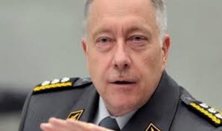 Le chef de l'armée suisse appelle à s'armer pour faire face au terrorisme islamiste